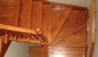How to Clean Wood Stairs